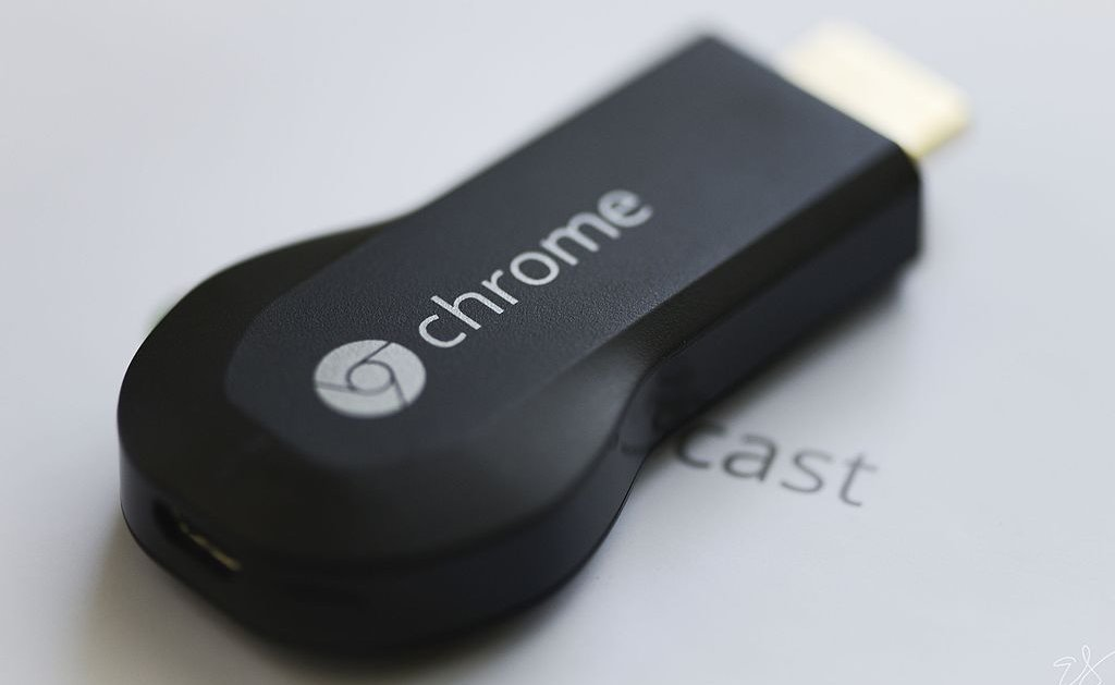 Chromecast dongle photo