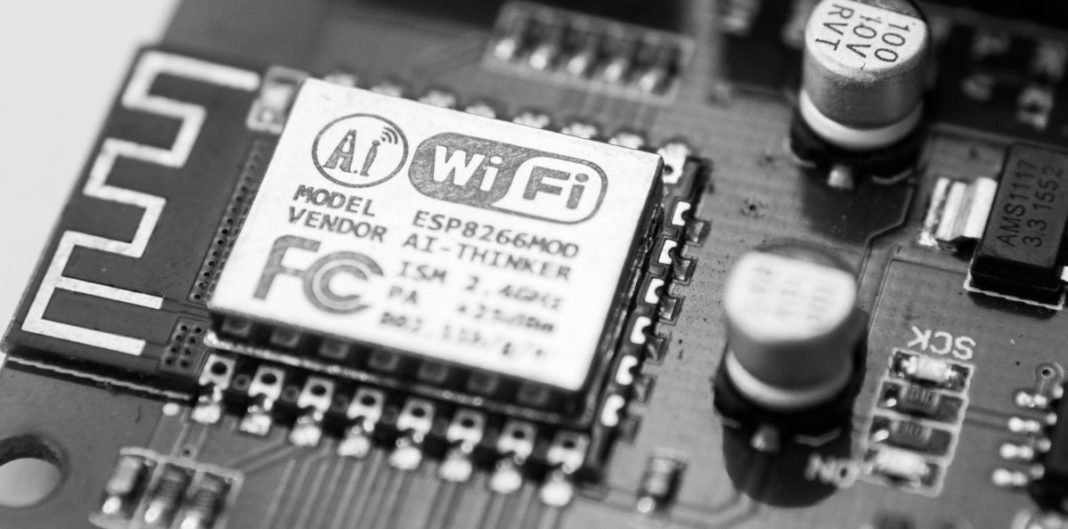 WiFi chip by Frank Wang