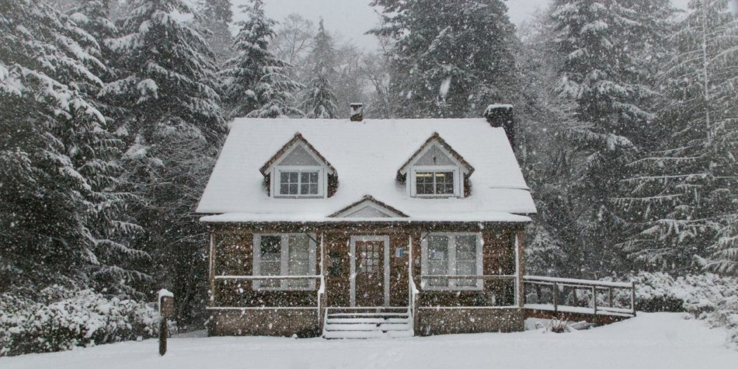 House snow winter